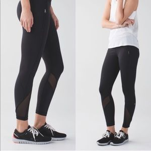 Lululemon Inspire Tight II Black Mesh Detail 6